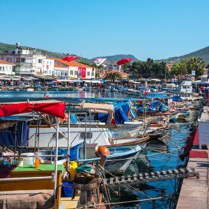 Foça'da meşhur balık restoranları